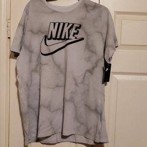Nike Apparel for women